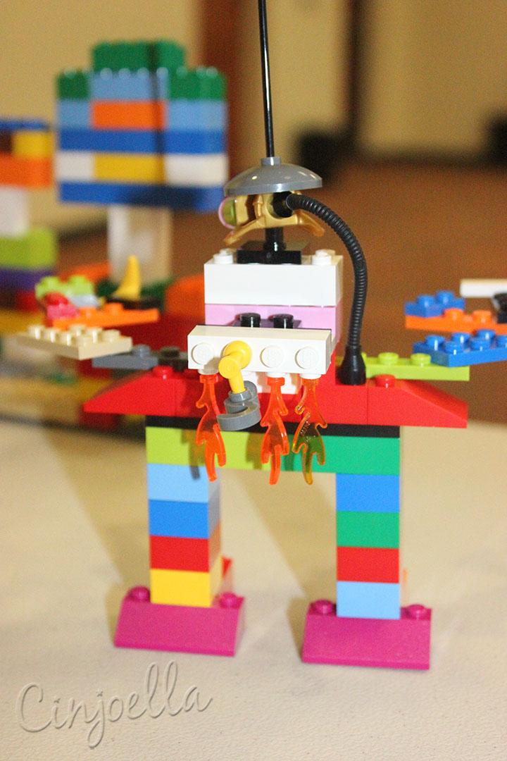 lego robot 05