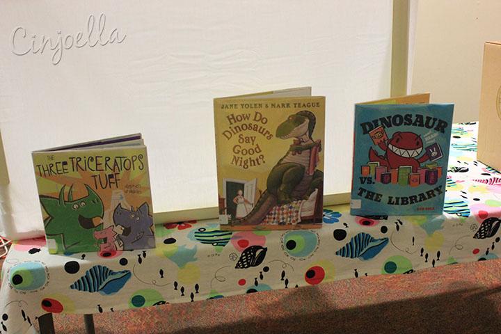 dinosaur story time books
