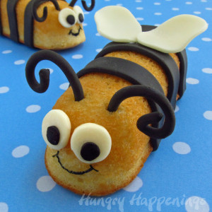 Bumble Bee Twinkies, Buzzing snack cakes, bug themed party food, bumble bee cakes